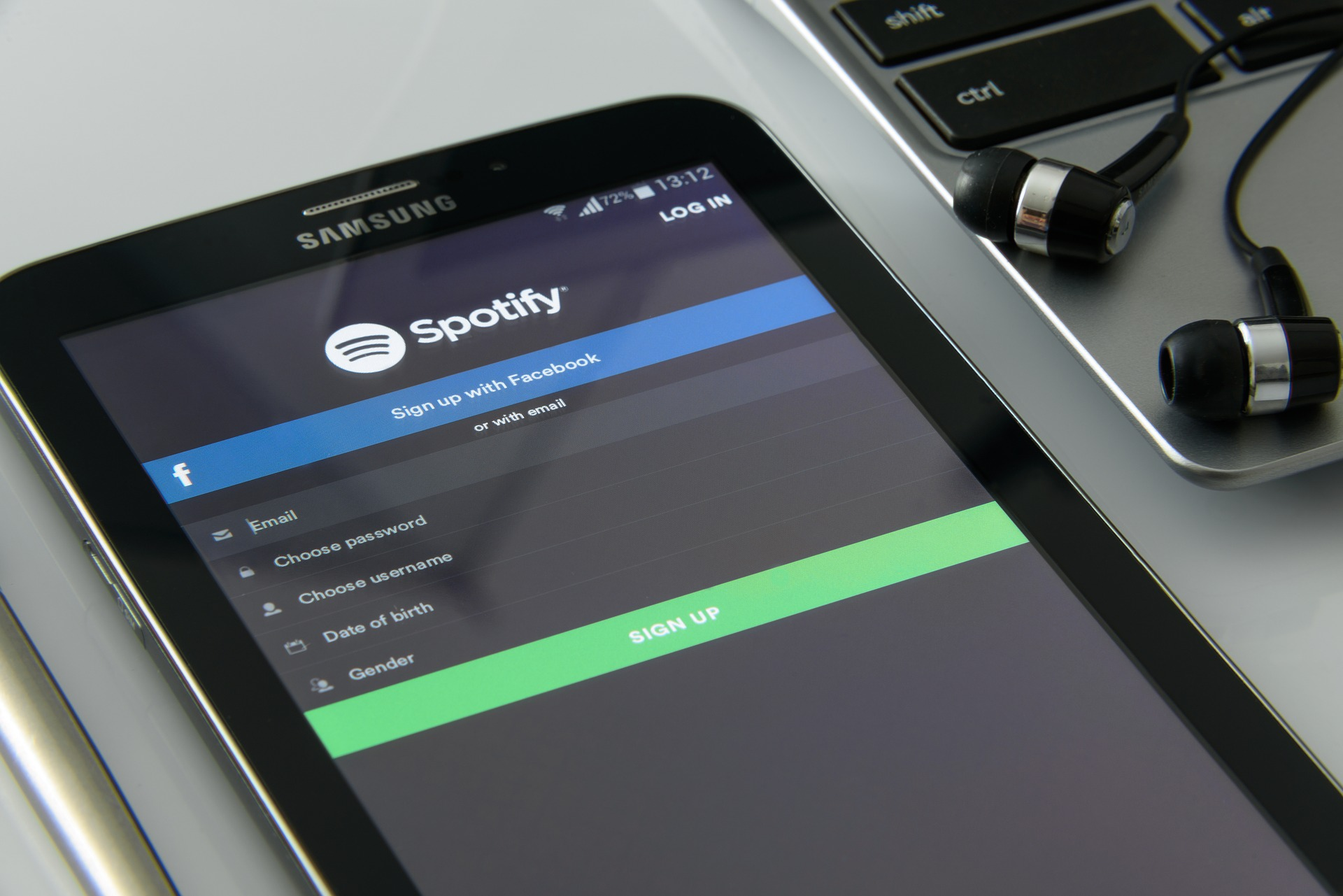 How to download music online?